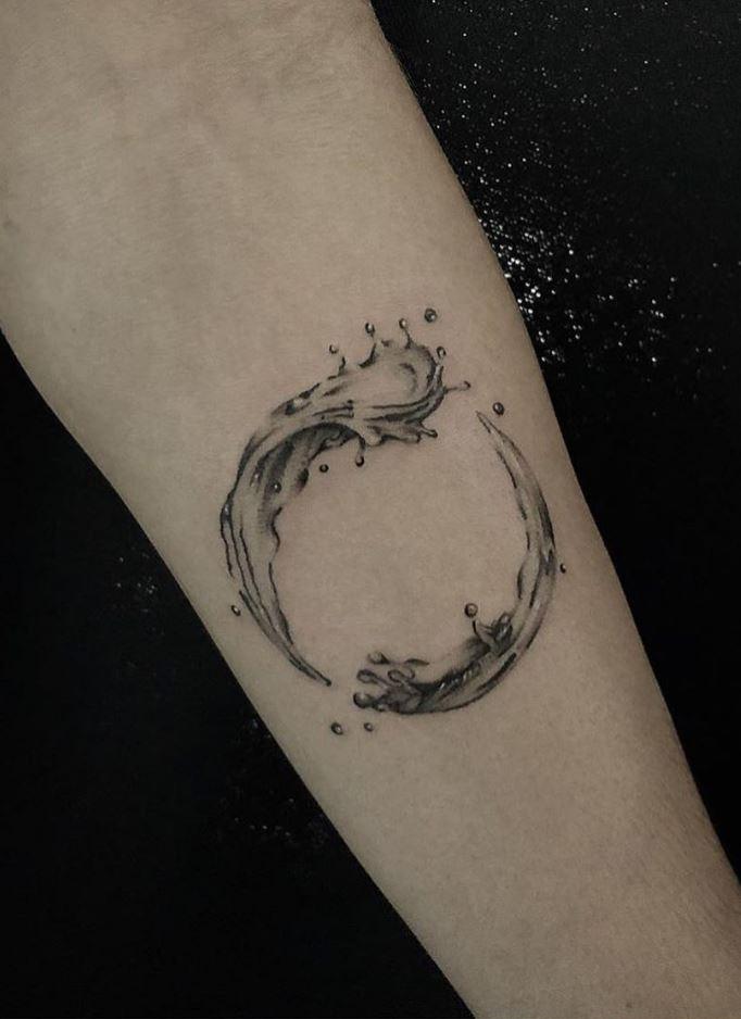 100 The Best Tattoos Ever Listorical border=